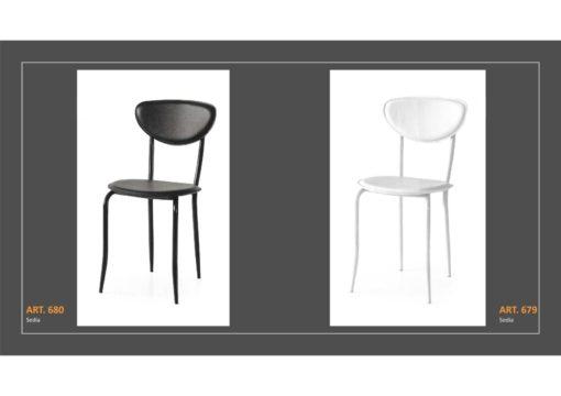 Coppia di sedie Linea Monteriggioni 54 in due modelli diversi
